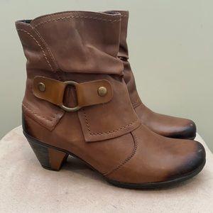 Remonte Dorndorf brown boots in Size 38